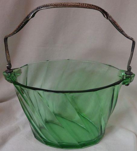 """Twist Moongleam Ice Bucket with Metal Handle 8.75"""" x 6.75"""" Heisey"""