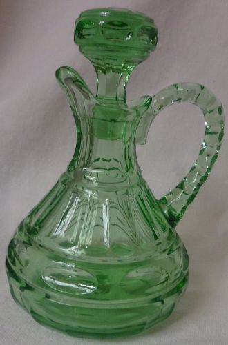 Heritage Green Oil 3 Oz Fostoria Glass Company