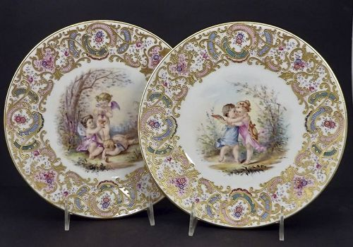 Antique Pair Ernst Wahliss Cabinet Plates with Cherubs