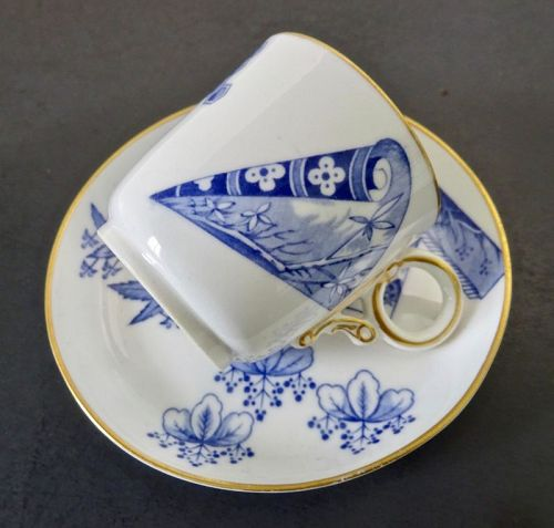 Antique Royal Worcester Demitasse Cup & Saucer, Kakiemon