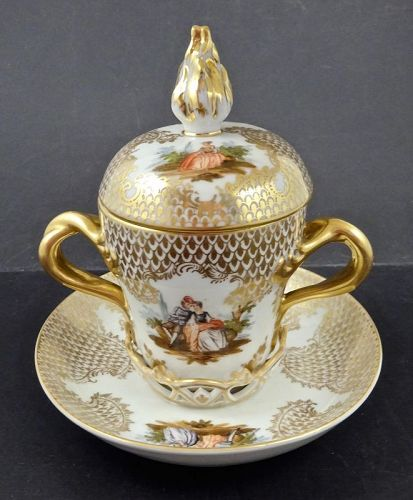 Vienna Trembleuse Chocolate Cup & Saucer, with Lid