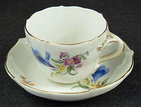 Sweet Meissen Demitasse Cup & Saucer