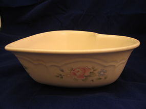 Pfaltzgraff Tea Rose Heart Bowl