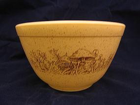 Pyrex Forest Fancies Bowl