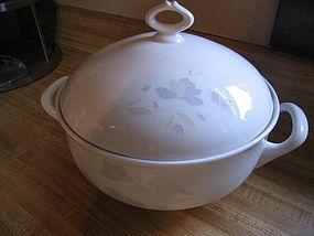 EPIAG D.F. Carlsbad Gray Soup Tureen