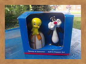 Tweety and Sylvester Salt and Pepper