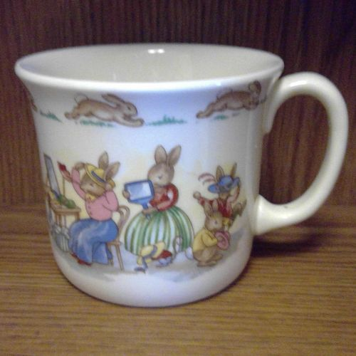 Royal Doulton Bunnykins Dress Up Mug