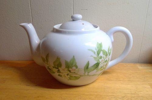 Toscany Jasmine Teapot