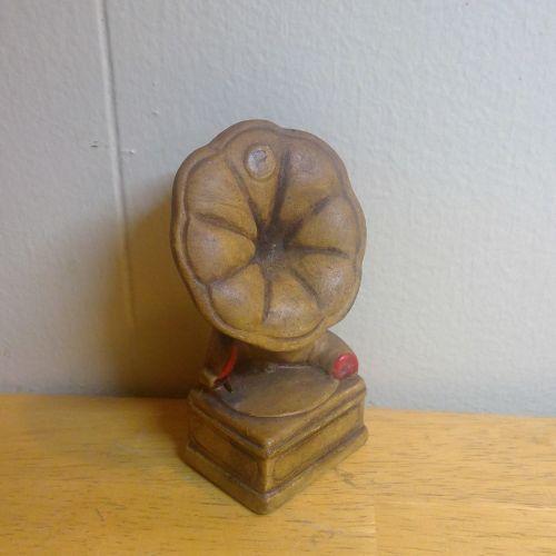 Gramaphone Pepper Shaker