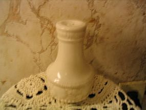 Metlox Antiqua Shaker
