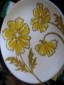 Jamestown Yellow Flowers Plate