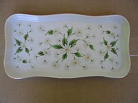 Lefton Daisy Tray