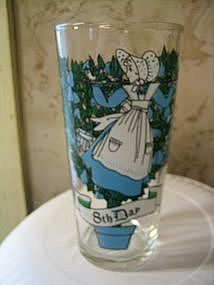 12 Days of Christmas Glass 8th Day