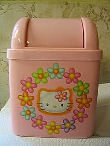 Hello Kitty Trash Can