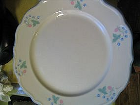 Anchor Hocking Auntie Em Dinner Plate
