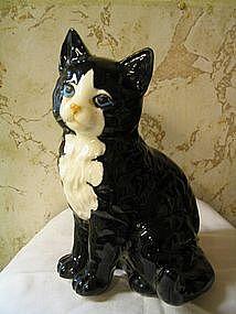 Nippon Yoko Boeki Tuxedo Cat
