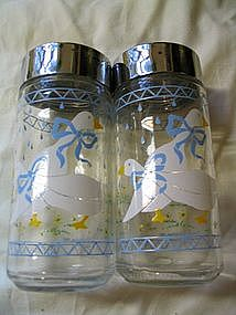 Anchor Hocking Farm Country Salt & Pepper Shakers