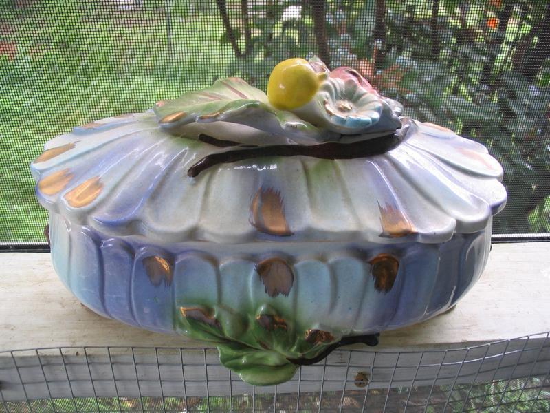 Lidded Fruit Dish