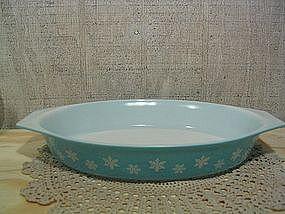 Pyrex Turquoise Snowflake Dish