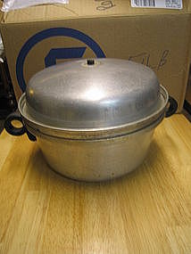 Vintage Regal Aluminum Steamer