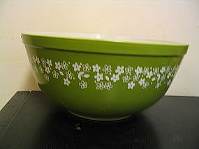 Pyrex Spring Blossom Bowl