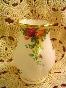 Royal Albert Old Country Roses Vase