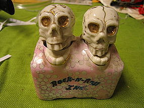 Skull Nodders Salt and Pepper Shakers
