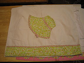 Vintage Bonnet Pillowcase