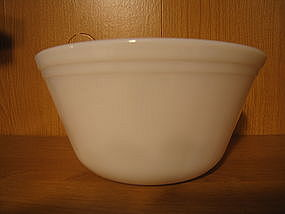 Federal Milk Glass Mixing Bowl