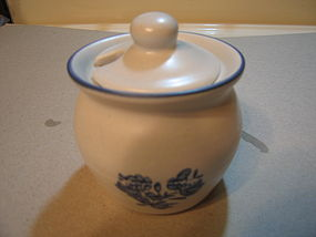 Pfaltzgraff Yorktowne Jam Bowl