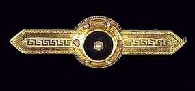French 18K Gold, Onyx & Pearl Etruscan Brooch