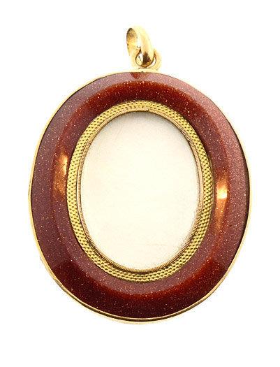 18K Gold  & Aventurine Glass Double-Sided Locket