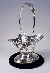 Durgin Sterling Silver Pierced Bonbon Basket