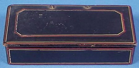19th cent. Paint Decorated Lacquered Snuffbox