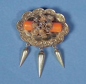 American Victorian 14K Gold & Coral Brooch