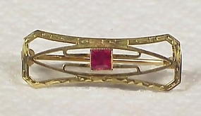 Art Deco 10K Gold & Syn. Ruby Pin