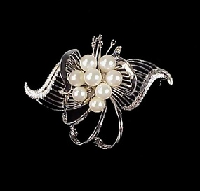 Vintage Mikimoto-Quality Pearl & Sterling Silver Brooch
