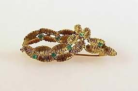 Vintage French 18K Gold & Chrysoprase Brooch