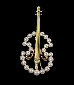 Mikimoto 18K Gold, Pearl & Diamond Cello Brooch