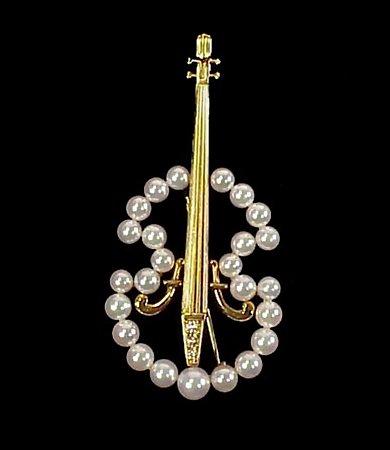 Mikimoto 18K Gold, Pearl & Diamond Cello Brooch