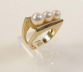 Modernist 14K Yellow Gold & Pearl Ring