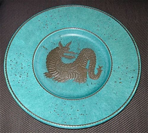 MASSIVE ARGENTA PLATTER WITH DRAGON