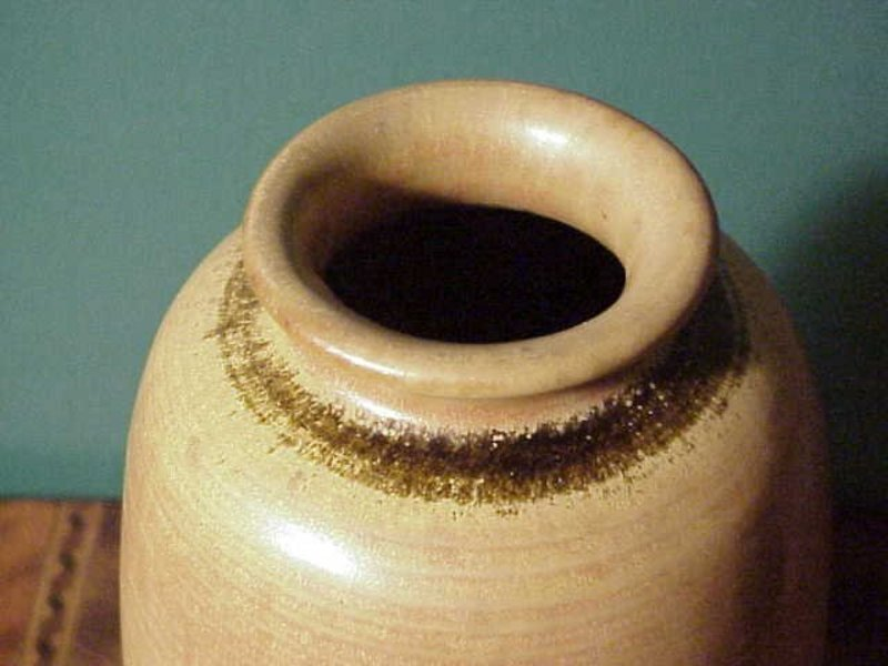 LARGE AND EARLY TOBO VASE BY THE TRILLERS