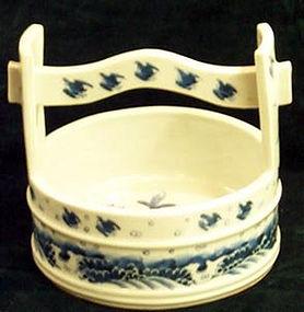 Japanese Hirado seto blue & white pail