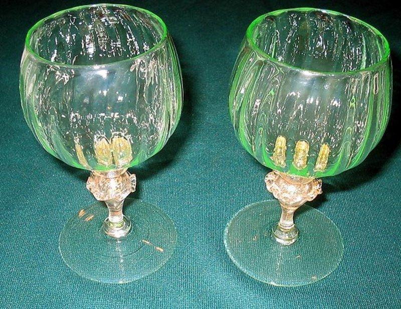 Nice Venetian Murano wine glass pair Italy