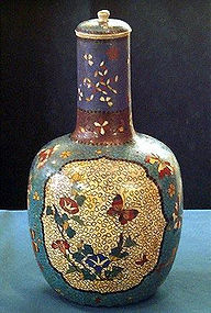 Japanese Totai cloisonne Kinkozan bottle