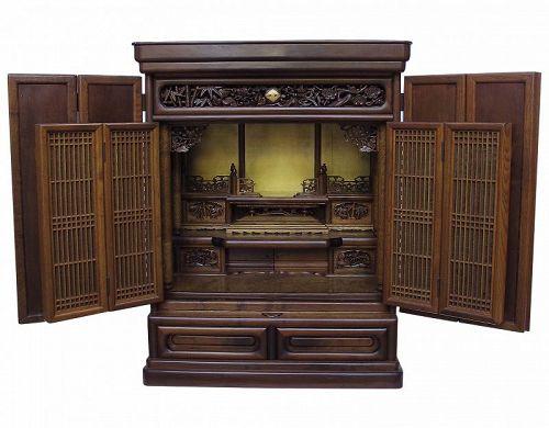 Vintage Japanese Buddhist Altar Butsudan Wooden Cabinet