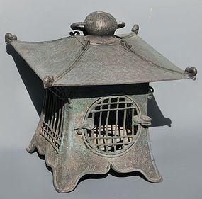 Antique Japanese Bronze Taisho Period C.1920 Lantern