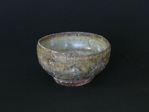 Madara-karatsu (changed in kiln) sake cup/Dohei Fujinoki ,KARATSU