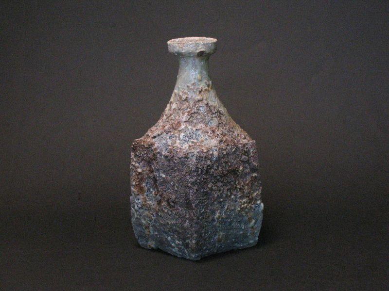 Karatsu ashed pentagon shape vase by Dohei Fujinoki KARATSU
